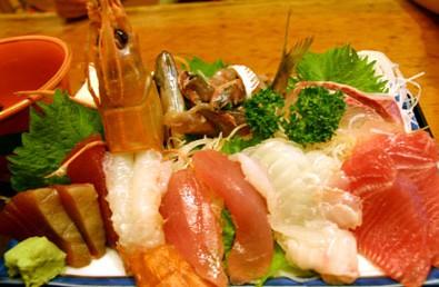 鮮度抜群!漁港の街尾鷲で食べるお刺身御膳メインイメージ