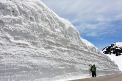乗鞍スカイライン雪の壁~本場飛騨牛と奥飛騨サーモンとなまずのさしみのご昼食~メインイメージ