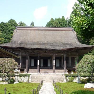 新緑と青もみじが輝く京都・大原三院めぐりメインイメージ