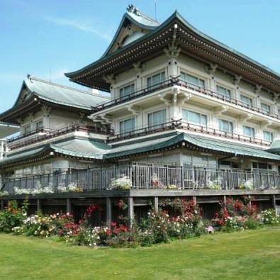 旧琵琶湖ホテルのランチとラコリーナ近江八幡~バラ咲くガーデンが美しい「湖国の迎賓館」~メインイメージ