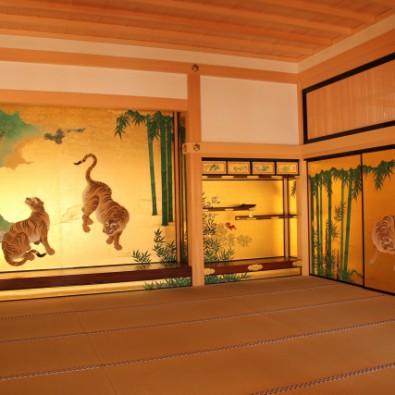 ついに完成!名古屋城本丸御殿のガイド付き特別鑑賞とホテルビュッフェディナーメインイメージ