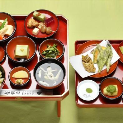 日本初!?お茶の精進料理フルコースとぼたん祭りバスツアーメインイメージ