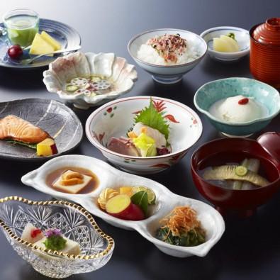 《Go Toトラベル事業支援対象コース》日本一!灘の酒。蔵の料亭で新春会席メインイメージ