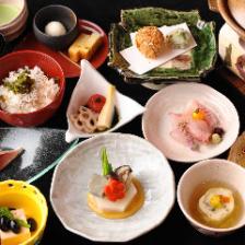 往復新幹線利用!豊橋のミシュランプレート「割烹ゆうしゅん」のお昼の懐石料理メインイメージ