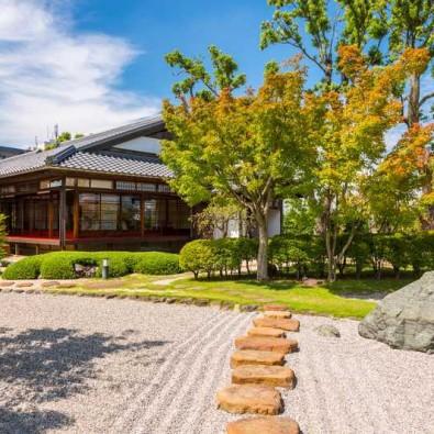 西尾の抹茶とうなぎのコラボレーション旅が実現!!日本料理「魚寅」で食べる「茶めしうな釜」メインイメージ